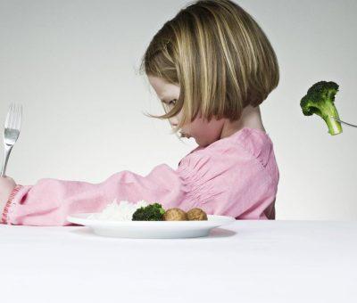 alimentazione e bambini con difficoltà annesse